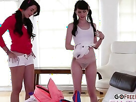 Super Sexy Teens Natalie Heart and Heather Night in Threesome