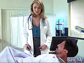Horny slut Patient brooke wylde Get Sex Treatment From Doctor clip
