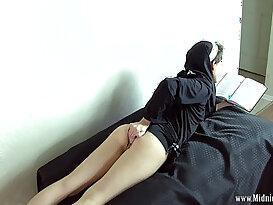 sister XnXX videos