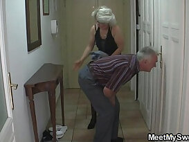 Man caught his girlfriend with older mom and dad