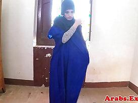 Exotic veiled muslim lady fucked deep