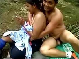 Assam girls in college sports player outdoor sex with bf