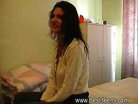 Desi girl hotel sex porn scandal