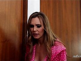 British slut Tanya in NOT a lesbian taboo threesome xxxvideo.best