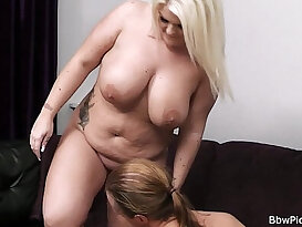 Fuck with lovely blonde plumper