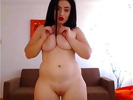 Hot chubby girl masturbating free striptease