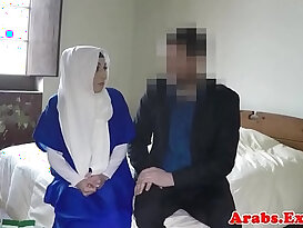 Ethnic muslim babe in stockings pussy and ass fucked for hotel room